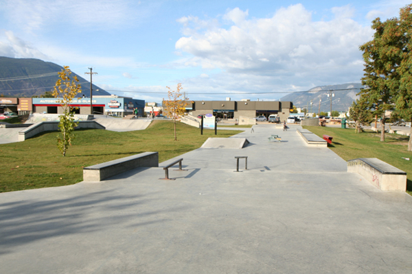 Salmon Arm Skatepark * Salmon Arm BC