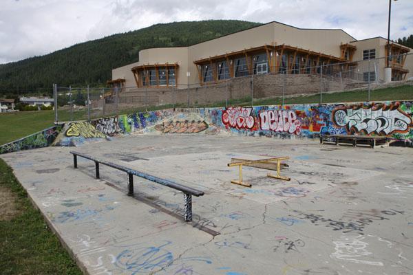 Creston Skatepark * Creston BC
